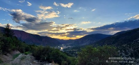 Sunrise Court Fire Breaks out In Glenwood Springs